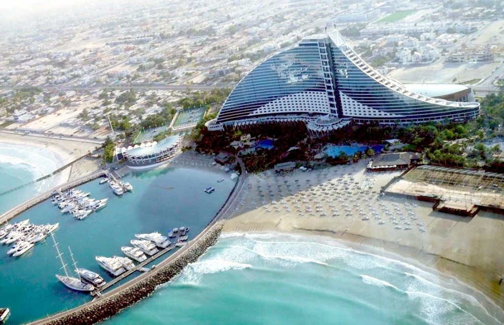 360-Restaurant-&-Nightclub-the-walk-from-jumeirah-beach-hotel
